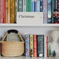 CHRISTMAS DECOR | BOOKSHELF EDITION