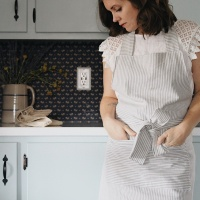 SEW SIMPLE APRON